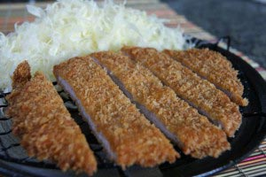 tonkatsu20 300x200 Tonkatsu Recipe   Japanese Pork Cutlet