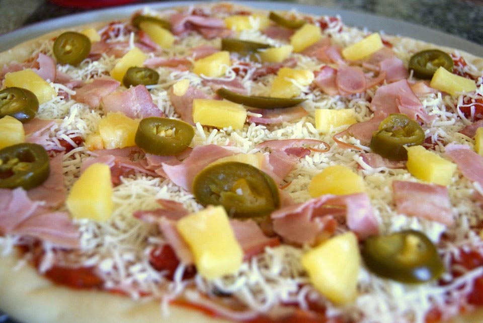 spicy hawaiian pizza recipe