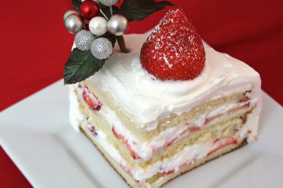 Japanese Strawberry Cream Cake