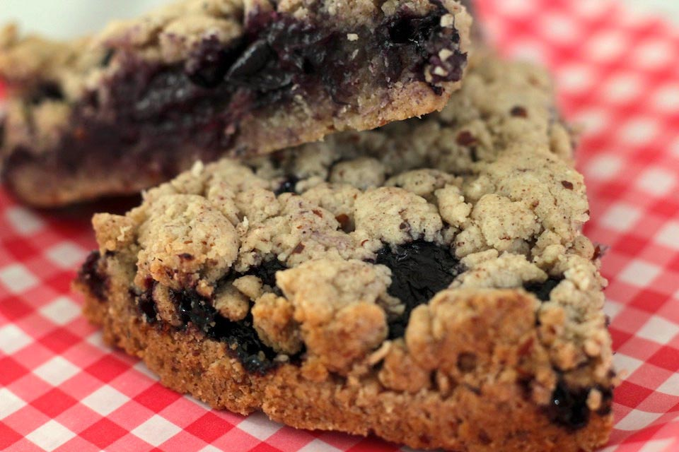 Blueberry Cookie Crumb Bars